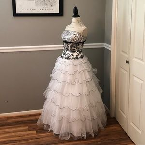 TIFFANY WHITE BLACK MID SEE THRU BEADED BALL GOWN